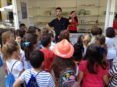 Visitas escolares a la Feria del Libro de Zaragoza